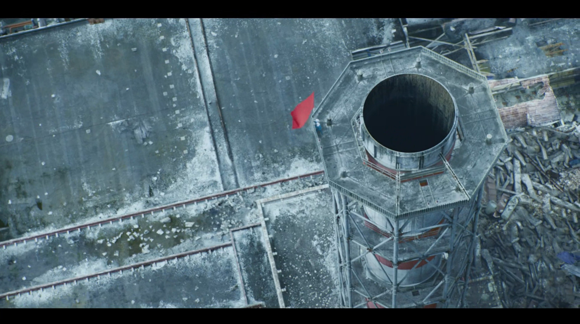 红旗飘扬在切尔诺贝利